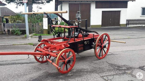 historische Spritze Oberhaugstett -1889